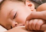増加する「くる病」は「ビタミンD不足」が原因! 自然派ママの「母乳育児」の弊害か?