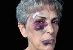 「高齢者虐待」の加害者は4割が息子! 暴力だけでなく心理的・経済的・性的な虐待、介護放棄も
