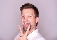 テレビで話題の「 ベロ回し体操」のエステ効果は? 舌をまわすだけで美顔&小顔のイケメンに!?