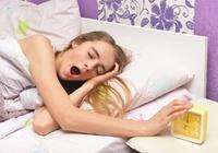 「自殺者」の平均睡眠時間は5時間。「睡眠不足」が自殺を引き起こしてしまう!?