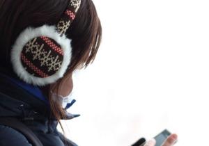 視覚と聴覚の情報統合をさえぎる「歩きスマホ」の危険性