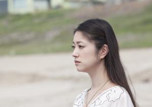 映画『迷宮カフェ』〜娘を白血病で失った女性が企画し骨髄移植の大切さを描く