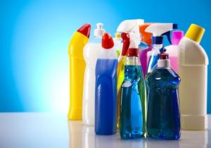 家庭用の塩素系洗剤による自殺も、苦しまず簡単に死に至るわけではない