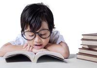 子供たちの近視の進行は予防できるか? 近くの物を見続けないことが何よりも重要