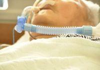 寝たきり老人が増えれば診療報酬がアップ!? 経営のために延命治療を選択する病院?