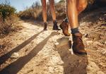 ハイキングで適切な靴を選ばないと、思わぬケガにつながることも!?