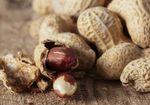 なるべく早くピーナッツを食べ始めてアレルギーを回避? 発症率が80%低減!