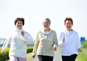 """高齢者の運動は軽いほどいい? 週5時間の家事だけでも""""健康寿命""""がアップ!"""