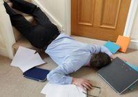 「酔って寝ている」を放置は超危険! 普通に話していた人が突然死に至る急性硬膜下血腫の恐怖
