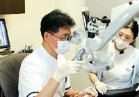 日本の歯科の医療費は桁違いに安い! 歯科用顕微鏡による治療は自由診療で