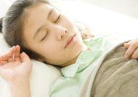 休日の「寝溜め」は危険! 糖尿病や心疾患のリスクを高めることに
