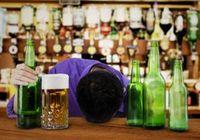 なぜ酒を飲むと酔っぱらうのか? アルコールが脳幹部や延髄にまで達すれば赤信号!