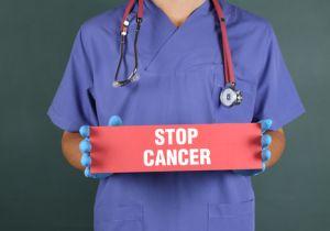 """不治でも""""仕事を続ける""""がん患者は3人に1人! 継続の決断は「症状の度合い」"""