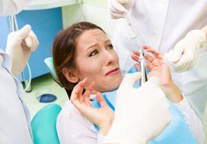歯科恐怖症(デンタルフォビア)はトークセラピーで克服!? 緊急時には全身麻酔での治療も!?