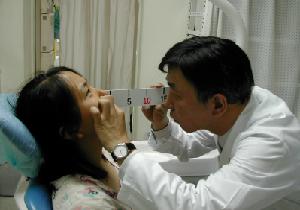 自分の口臭が気になる「心理的口臭症」は治療することができる!