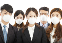 インフルエンザ流行で、ますます区別が付かない〝マスク依存症〟の人々