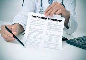 """患者自身が治療法を選ぶと""""医療リスク""""が高まる!? ~インフォームドコンセントの難しさ"""
