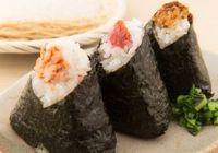 寿司は平気でも他人が握ったおにぎりは食べられない? 寿司を素手で握っても安全な理由