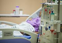 熊本地震で生命の危機に直面している透析患者たち~東日本大震災での患者移送の経験