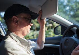 自動車の紫外線カットの弱点はサイドガラス?日焼けで白内障、皮膚がんのリスク