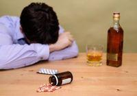 「酒と不況と男と自殺」の相関図〜トランプ氏の得票率が高い地域は白人の死亡率も高い?