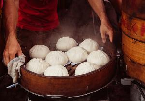 発がん物質づけ新鮮えびにアルツハイマー中華まん! 中国旅行で気をつけたい料理