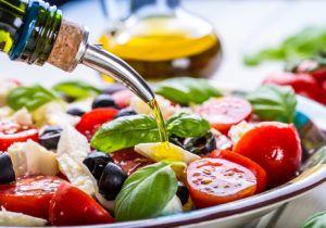 「地中海式ダイエット」ならアブラたっぷりでも健康に! 良質な脂肪が長寿にも効く?