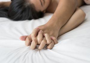 女性の「オーガズム」の役割の謎が解けた!? 「受精のために必要」なもの