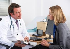 週刊誌が医療不信を煽る! 薬のリスクばかり伝えることで新たな健康被害に?