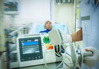奇跡の救命劇! 歩いて「ER」に来た患者が突如「心筋梗塞」を発症!命を救った最大の功労者は?