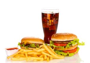 ファストフードの「ドリンクセット」メニューが肥満・糖尿病を招く! WHOは「ソーダ税」を号令