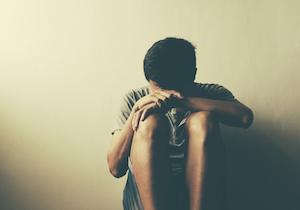 ひきこもりや不登校、社交不安障害もケア~遠隔診察を可能にした「オンライン精神医療」