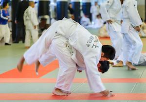 「柔道」での死亡事故は日本だけ! 米国では「非接触型」の格闘技を提言