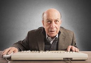 脳を老けさせない4つの方法〜こんな<パソコン習慣>が認知症リスクを低下させる