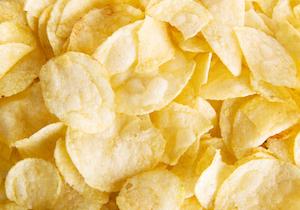 ポテトチップスが店頭から消えた! ジャガイモ料理が高血圧の原因に!?