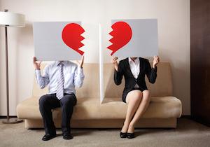 妻の半数が夫の仕事に不満! そのうちの16%が離婚したい! 不満度が高い職業も明らかに