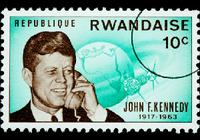 生誕100年! ジョン・F・ケネディ元大統領は「暗殺の日」も背中の痛みに苦しんでいた?
