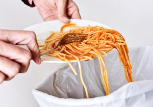 AI(人工知能)が食品ロスを減らす! 世界初「食品すべて無料」スーパーが成り立つ理由