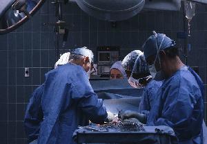 手術中に10秒でがんを検出できる最新型のペン型診断装置を開発