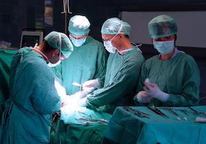 医療事故を起こす医師は「謙虚でない」のか?群馬大学付属病院の事例は医療事故ではなく犯罪に近い
