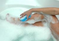 水虫は「1日に1回」の足洗いで防げる! 白癬菌は24時間で皮膚に根を出す