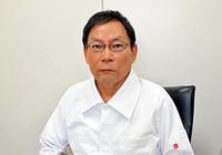 新宿皮フ科院長・榎並寿男医師