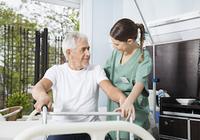 身寄りがいない独身男性が「脳卒中」になると……「介護施設」に入る確率は約3倍!