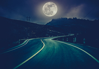 満月の夜は運転に注意を! 科学的に検証された月がヒトに及ぼす不思議な影響