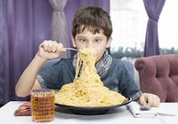子供や痩せ型の女性は厳しい糖質制限に注意!筋肉が少ない人は体調を崩すことに?