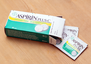 バファリンで自殺未遂!急性アスピリン中毒で筋肉の細胞が溶ける危険性