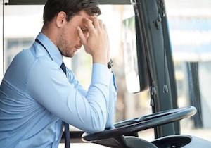 ストレスが多い仕事は不整脈のリスクが1.5倍に!  心臓病の予防にはストレス管理を