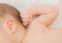 肌のバリア機能にはフィラグリンの産生を!赤ちゃんのスキンケアが大人アトピーを防ぐ?