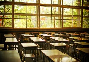 コロナで失われた生徒たちの時間 大学入試を1年先送りに