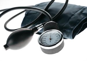 「血圧」の大きな変動が「認知症」リスクに~血圧測定よりも心がけたい生活習慣とは?の画像1